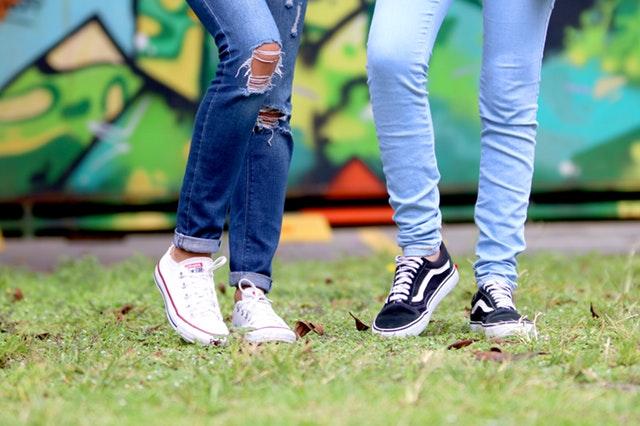 Jambes de jeunes