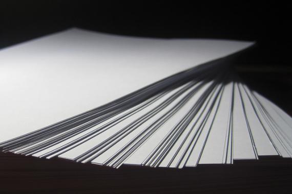 Pile de feuilles en papier