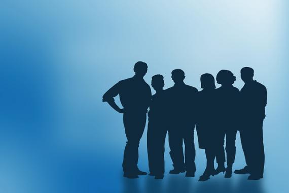 Silhouettes représentant des membres du personnel d'une entreprise